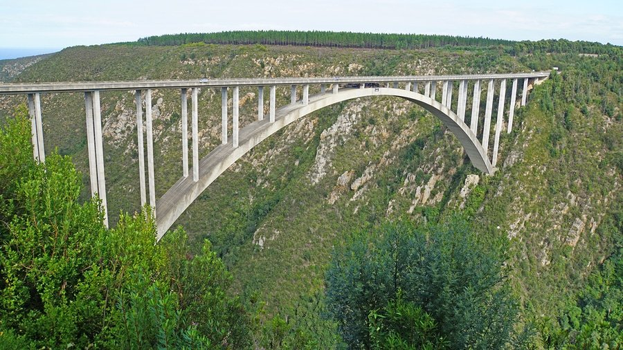 The Bloukrans Bridge is the highest bridge in Africa, road bridge with a bungee jumping platform, the Bloukrans River flows through the deep gorge in the Indian Ocean, landscape along the Garden Route in South Africa