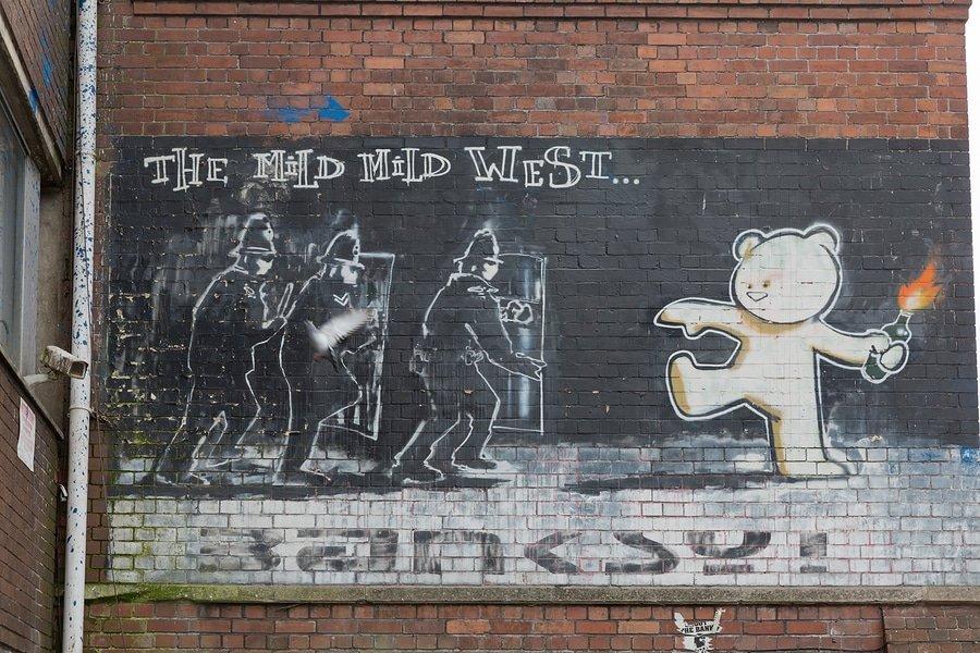 Banksy, The Mild Mild West, Bristol`