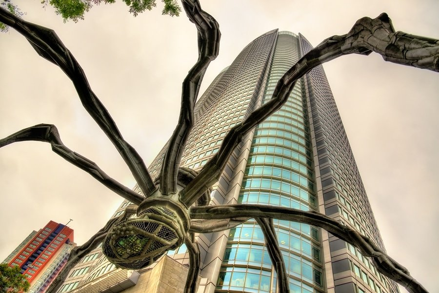 Maman, a spider sculpture, and Mori Tower in Roppongi Hills